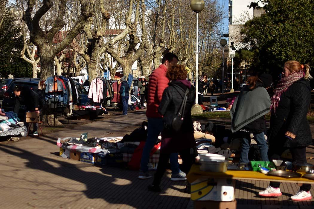 """Feria de Plaza Rocha: """"La ordenanza está frenada por la campaña"""""""