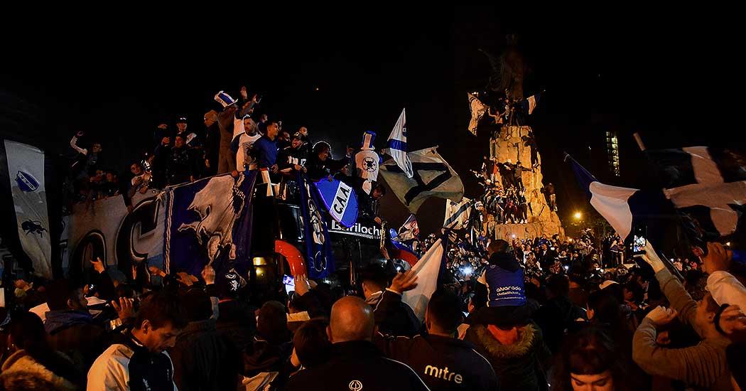 Alvarado hizo historia y lo festejó con su gente