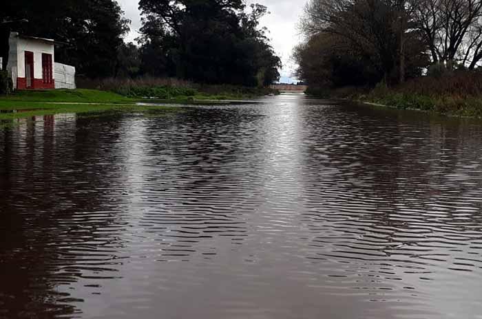 Parque Hermoso bajo agua: hay unas 150 personas afectadas