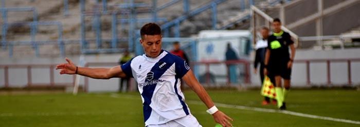Alvarado contrató al volante Lucas Algozino y sigue Fernando Ponce