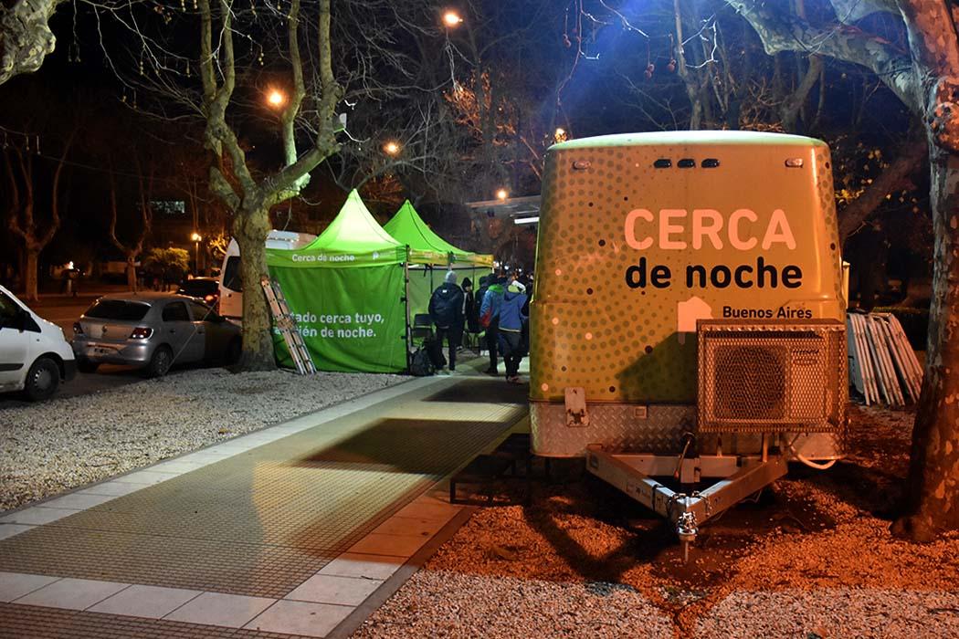 CERCA DE NOCHE SITUACION DE CALLE  (3)
