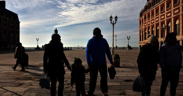 Fin de semana largo con 93 mil turistas en Mar del Plata