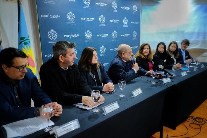 Fotos MGP - Llegada del barco Logos Hope