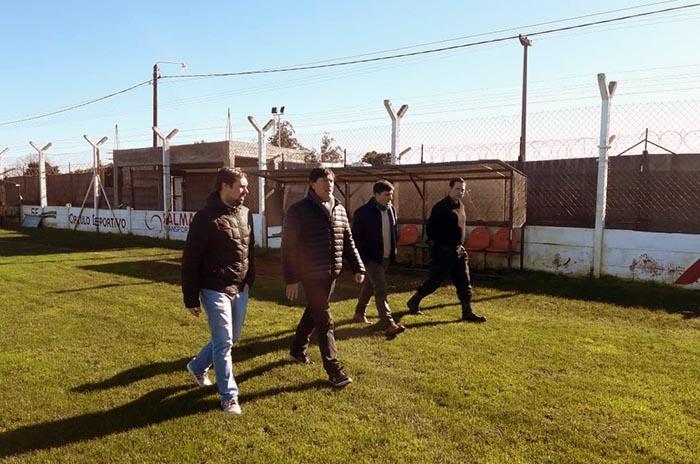 Lugones realizó una inspección en la cancha de Círculo Deportivo