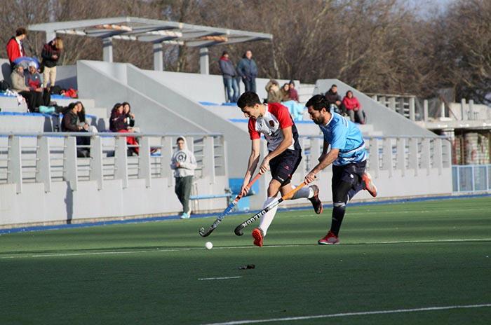Antes de jugar el Regional, MDQ 06 Hockey Club goleó a Campana