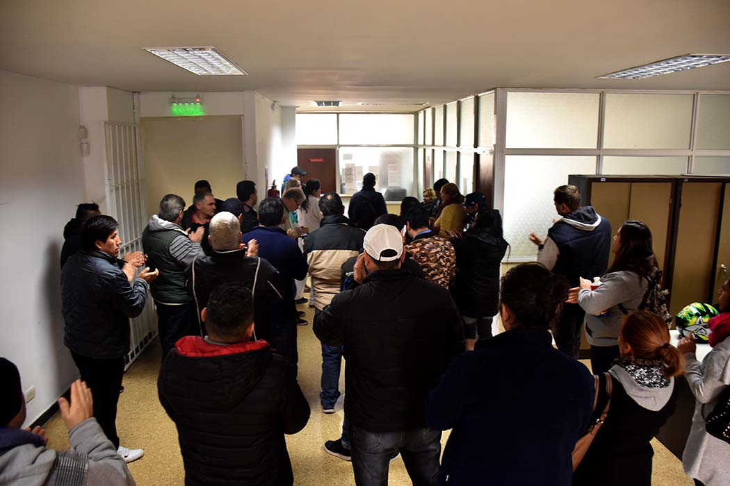 Sin respuesta a trabajadores precarizados, tomaron el Ministerio de Trabajo