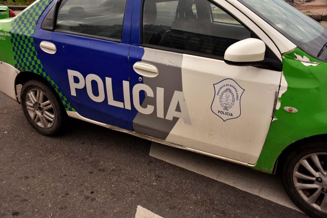 Robaron una camioneta en el macrocentro y la abandonaron en Las Lilas: tres detenidos