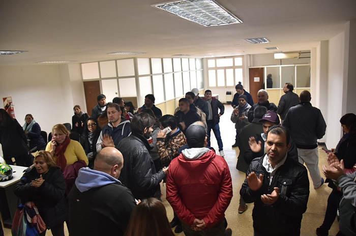 Trabajadores del Puerto: sin respuestas, más promesas y tensión en el Ministerio