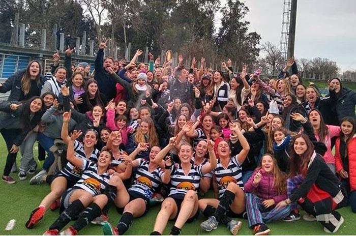 """Hockey: Sporting se consagró en el Torneo Regional """"A"""" entre las mujeres"""