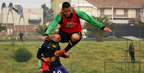Aldosivi cosechó un empate y una derrota ante Quilmes