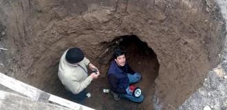 Hacían un pozo ciego y hallaron una cueva prehisórica