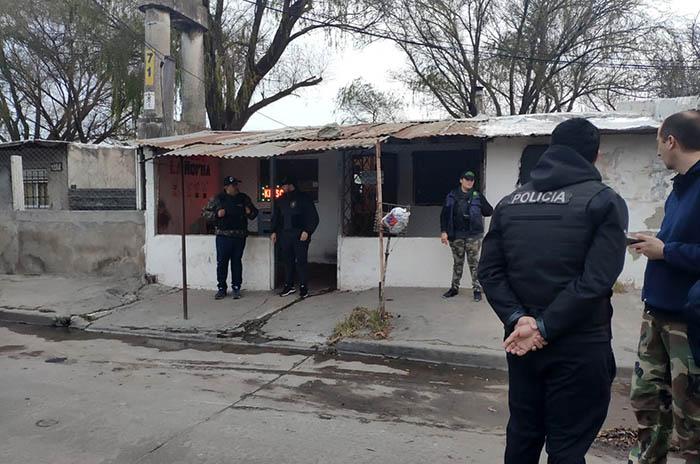 Villa de Vértiz: desbaratan una banda que vendía drogas en comercios