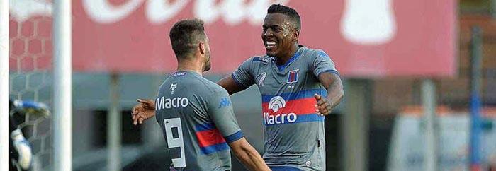 Aldosivi incorporó otro delantero: el colombiano Sebastián Rincón