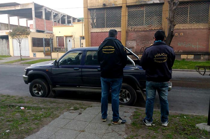 Detenidos extorsion camioneta 1