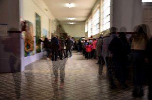 Elecciones 2021: qué pasa con quienes tengan covid-19 o sean casos sospechosos