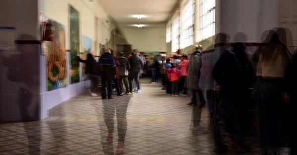Mar del Plata votó: las imágenes de las PASO en la ciudad