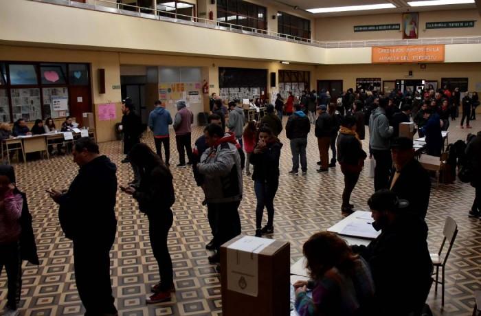 ELECCIONES PASO 2019 VOTO ESCUELAS  (4)