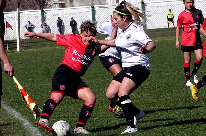 Fútbol femenino: cuarta fecha sin cambios en la punta