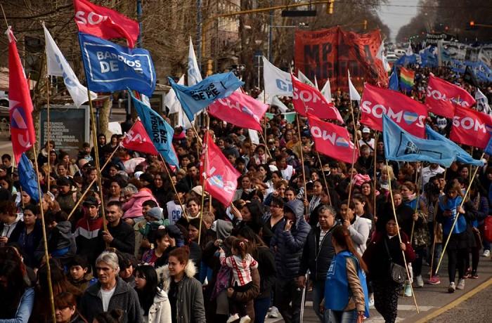 MARCHA ORGANIZACIONES SOCIALES CCC CTEP  (8)