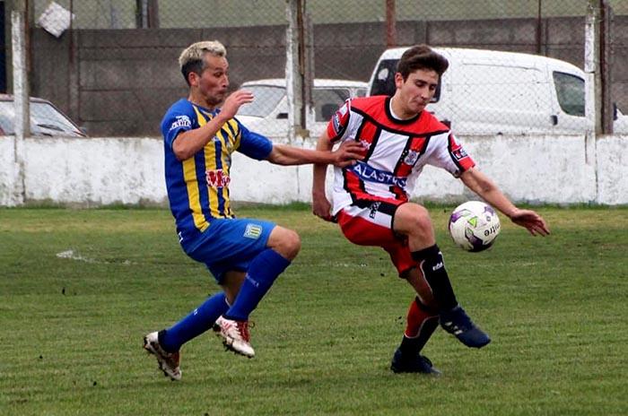 """Fútbol local: Kimberley y Quilmes, líderes en el Torneo """"Pedro Suárez"""""""