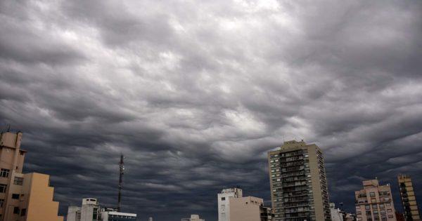 Tras un domingo con lluvias, cómo sigue el tiempo esta semana