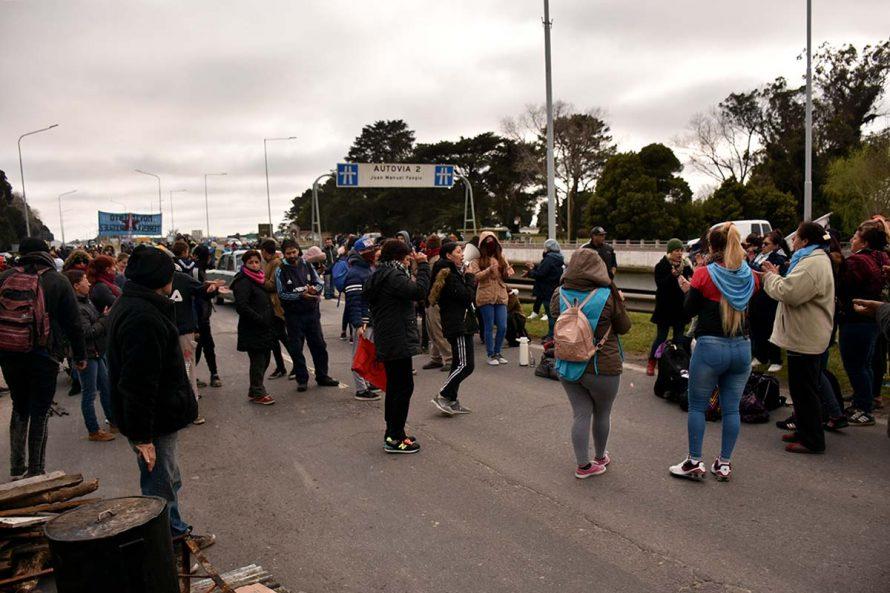 CORTE PARCIAL RUTA 2 ORGANIZACIONES SOCIALES BARRIOS DE PIE VOTAM,OS LUCHAR POLICIA (11)
