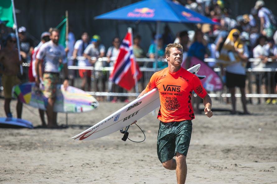 Mundial de Surf: Usuna y Passeri a segunda ronda, Muñiz a Repechaje