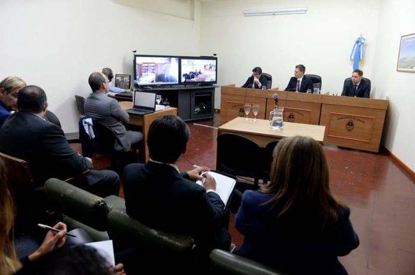 Una audiencia contra el sobreseimiento del juez Hooft por delitos de lesa humanidad