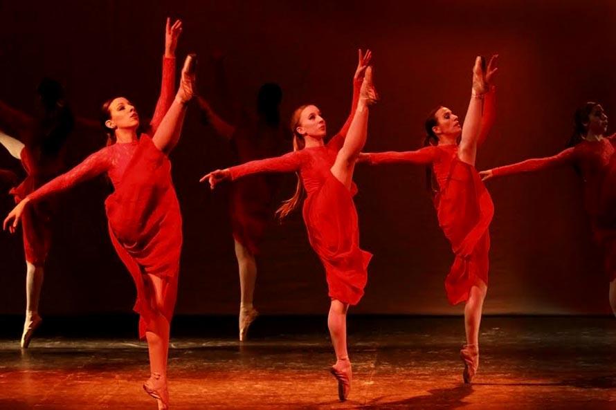 La Escuela Municipal de Danzas se presenta en el Auditorium