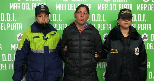 Detuvieron a una mujer por el crimen de Karina Fragoso