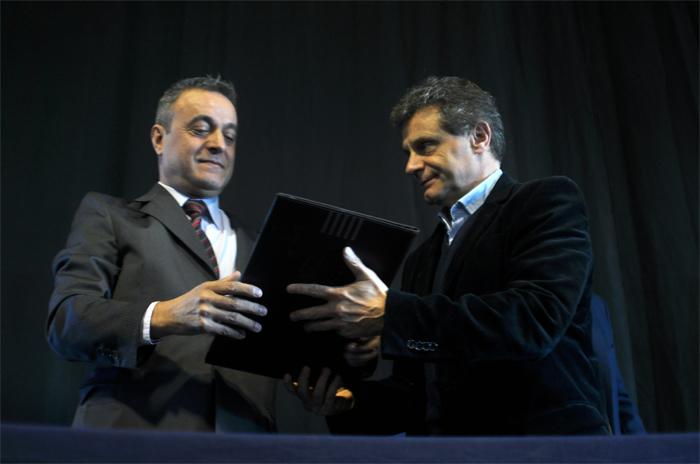 Pulti presentó su programa de seguridad con Fernando Telpuk