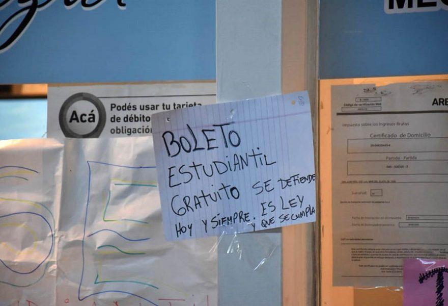 TOMA noleto estudiantil BOLETERIA COSTA AZUL TERMINAL 01