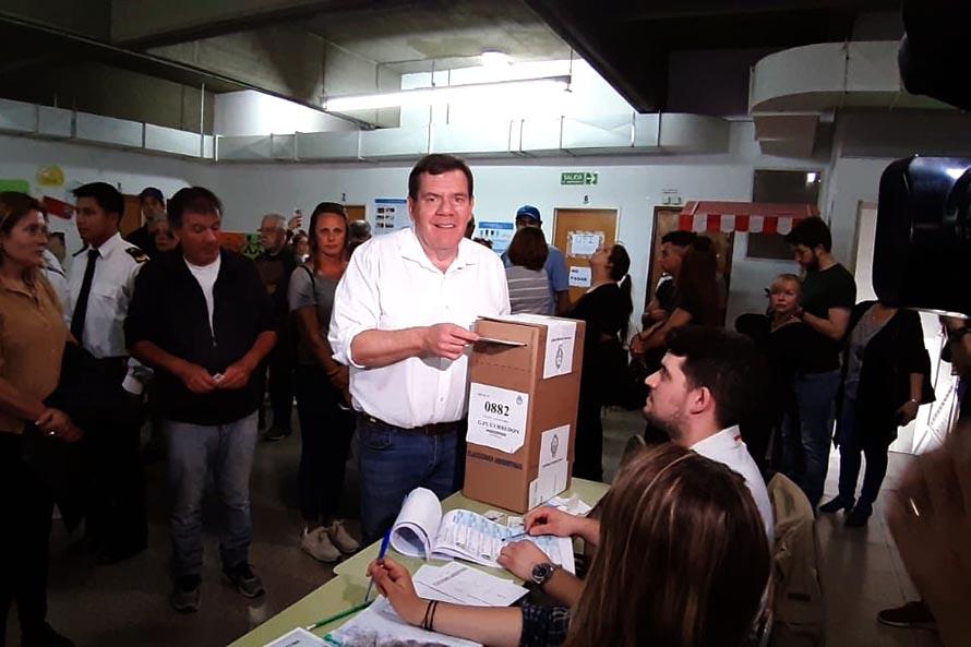 """Votó Montenegro: """"Lo importante es lo que pase a partir de mañana en la ciudad"""""""