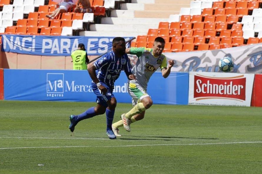 Aldosivi no lo supo aguantar, perdió con Godoy Cruz y cayó en zona de descenso