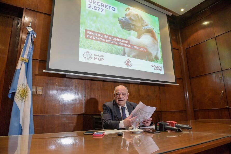 Tenencia de perros: por decreto, Arroyo agrava las sanciones