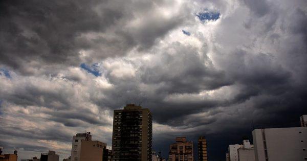 Rige un aviso a corto plazo por lluvias y tormentas en Mar del Plata