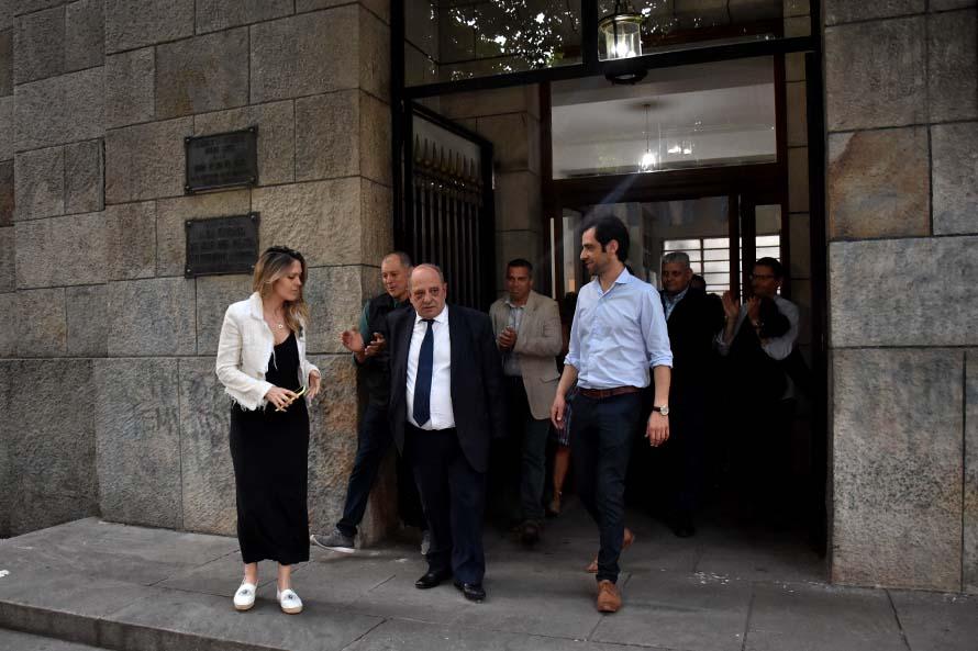 """Arroyo se fue pero promete volver: """"Los espero dentro de cuatro años"""""""