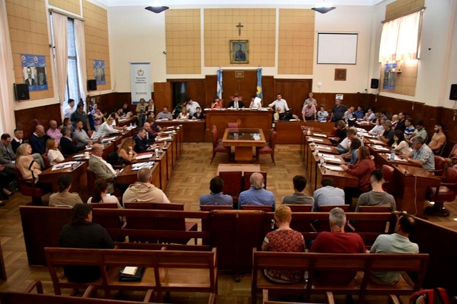 El Concejo aprobó las designaciones de Montenegro en los entes y OSSE