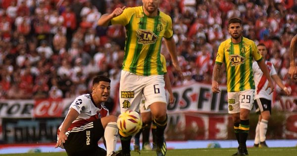 "Leonel Galeano: ""En el partido se me agravó la molestia en la rodilla"""