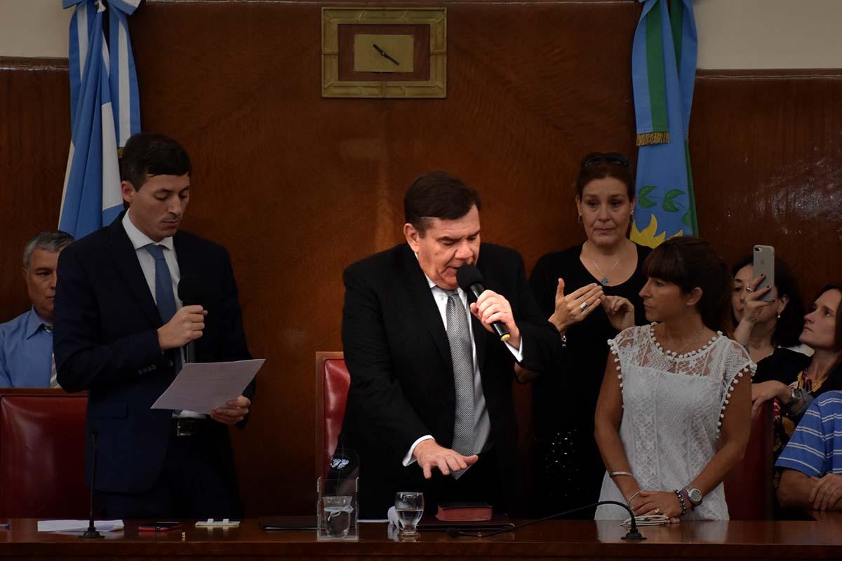 """Asumió Montenegro: """"Los convoco a todos a empujar, les aseguro que vamos a lograrlo"""""""