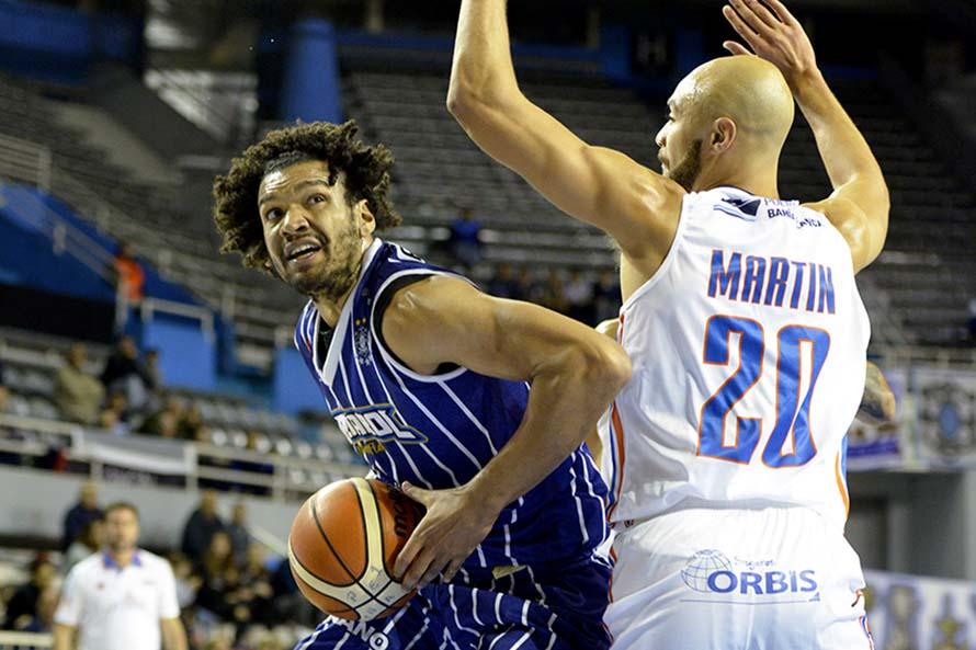 Peñarol se recuperó y venció a Bahía Basket