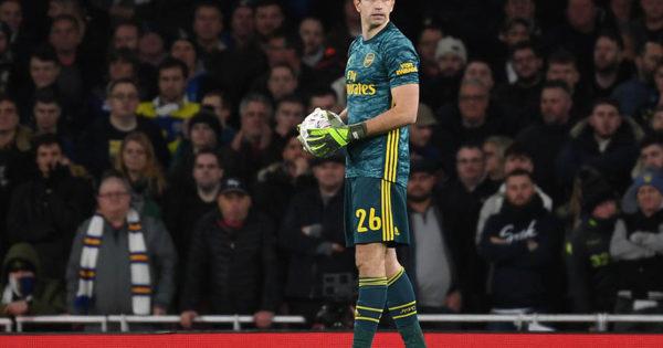 Martínez festejó en el duelo de marplatenses en la Premier League