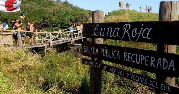 Luna Roja: cansados de los avances del privado, vecinos reabren un paso público