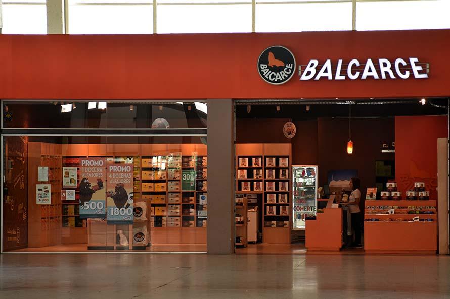Postres Balcarce: preocupación y denuncias por falta de pago de los sueldos