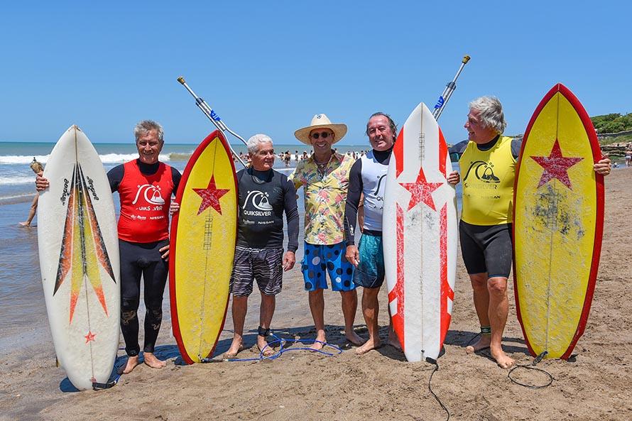 Cuatro generaciones del surf, juntas para honrar la tradición y celebrar el año olímpico