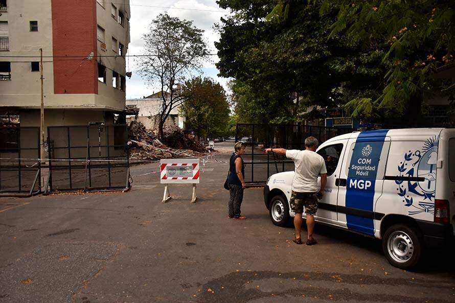 Torres y Liva: la zona intenta recuperar su normalidad, a la espera de la demolición
