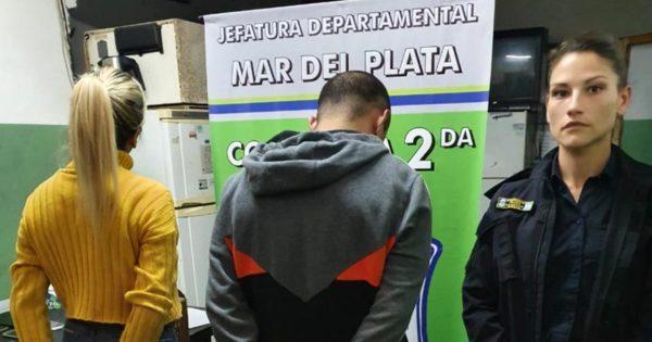 Cayó una pareja con 20 celulares robados en boliches