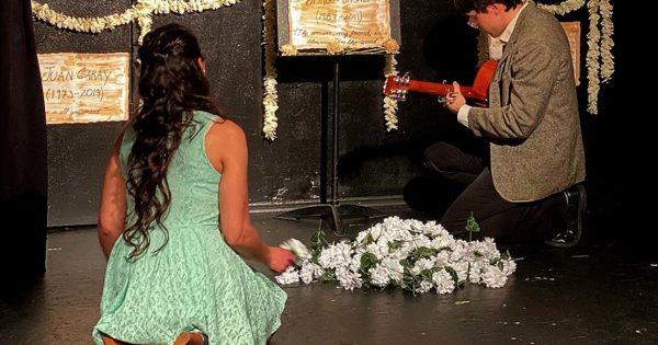 """""""La Chica del Crisantemo Blanco"""", de Nueva York a Mar del Plata sin escalas"""