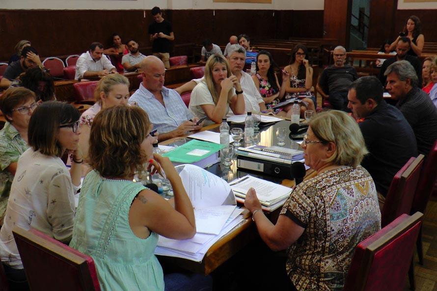 Salud municipal: entre la ampliación de la atención y una baja en el presupuesto