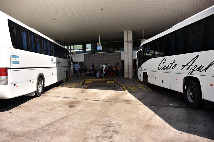 Boleto estudiantil en Costa Azul: solo descuentos, familias en alerta y un pedido de informes